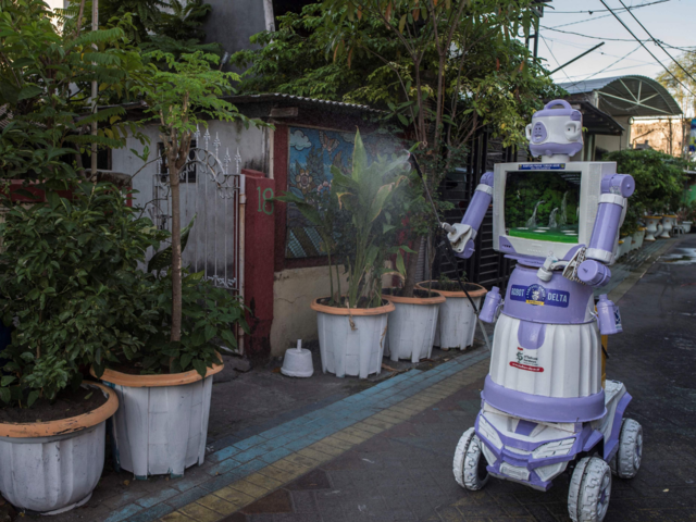 Delta robot': Indonesian village turns unwanted trash into COVID helper - Serving those in need | The Economic Times